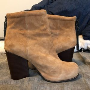 Light Brown/Tan Suede Heeled Boots